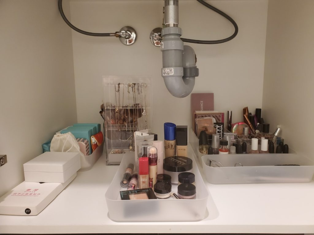 Fall Cleaning Makeup Before